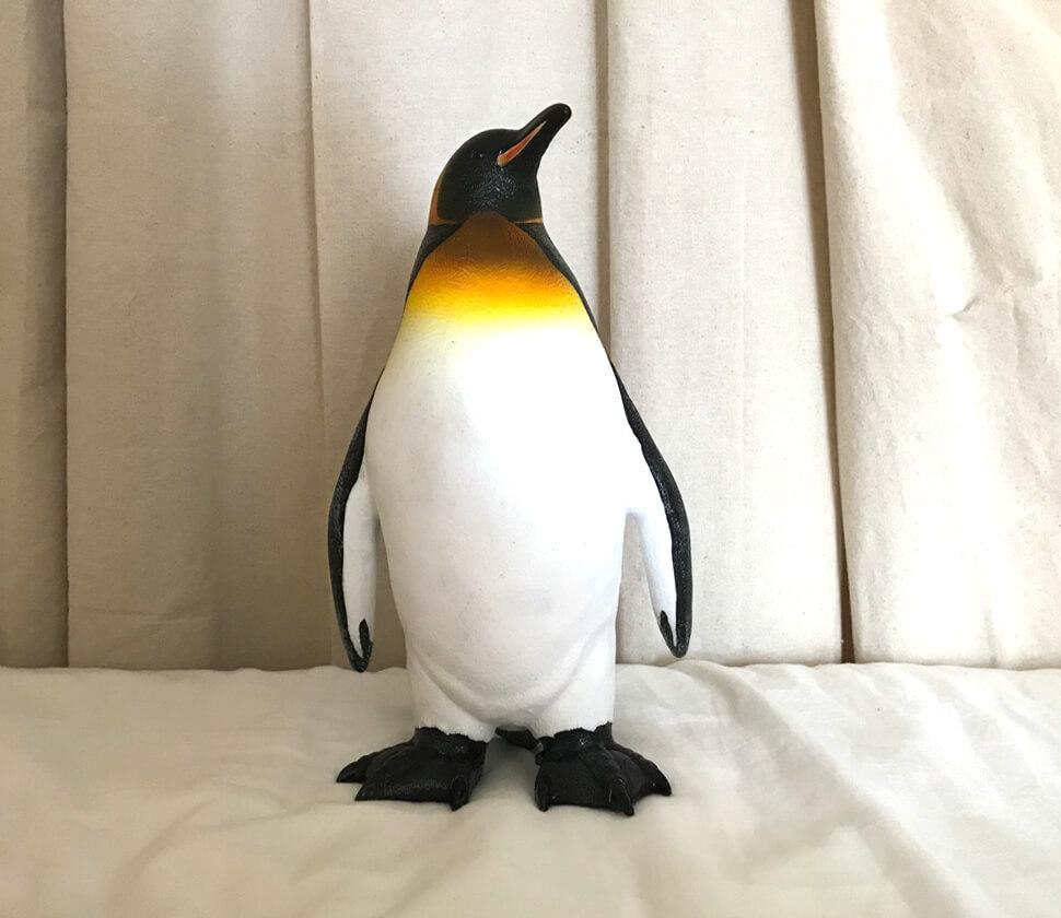 このキングペンギン(オウサマペンギン)は、とにかく強靭なビニール製