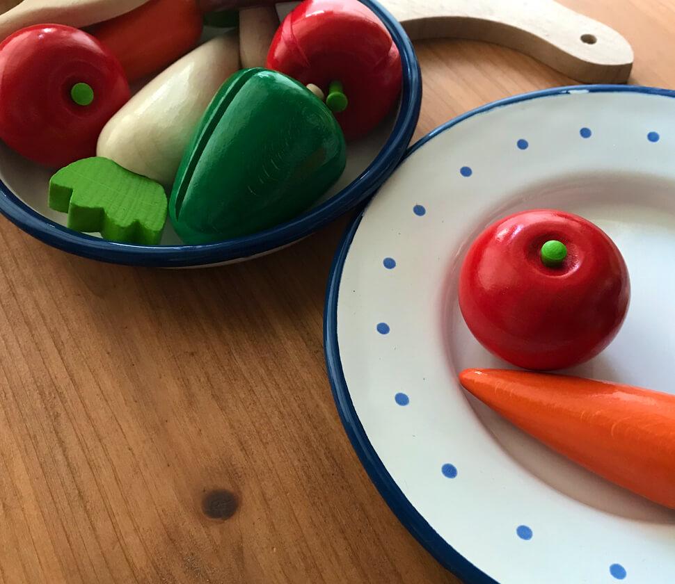 本物のようなおもちゃは、私たちに大切な野菜