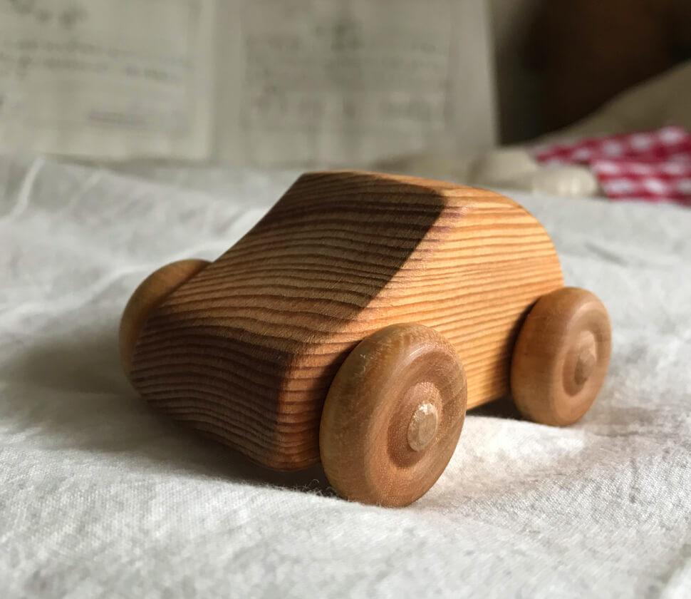 Mini small car(北欧の乗用車)