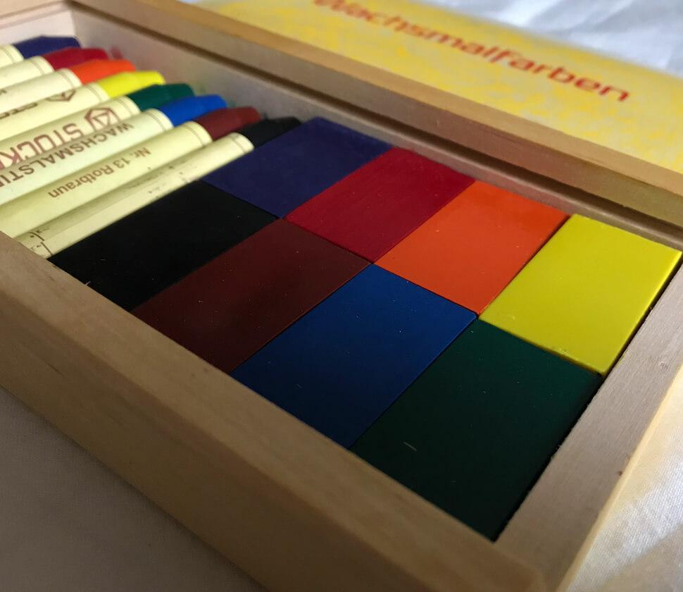 みつろうクレヨン ブロック8色・スティック8色木箱